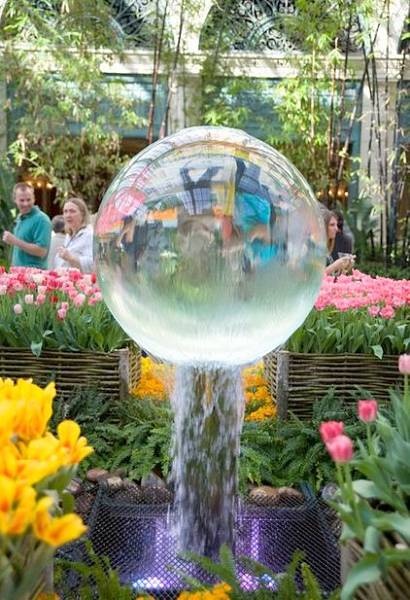 Bellagio Botanical Garden romantic getaways in las vegas