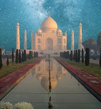 Travel to India to visit Taj Mahal